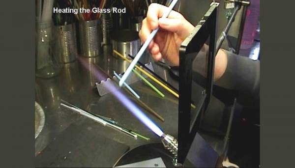 Heating the glass rod