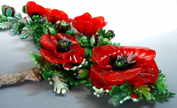Field of Poppies, 2011, Kathy Peterson, designer, Susan Matych-Hager, lampwork artist
